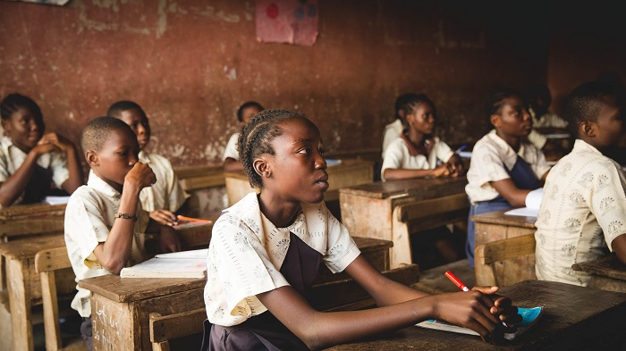 ghanaian african students learning-min